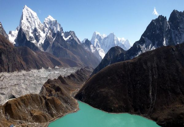 Everest Gokyo Lakes and Gokyo Ri Trek
